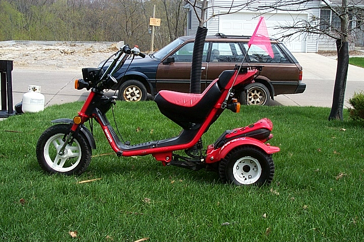 1986 Honda Gyro (Red)