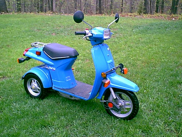Honda Gyro (Light Blue, Right View)