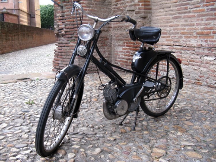 1954 Mobylette AV32S | Moped Photos — Moped Army