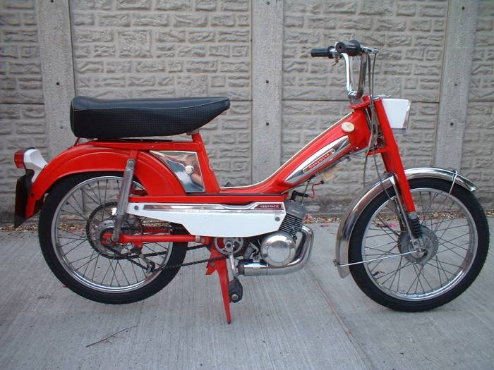 1975 Mobylette AV50, Red | Moped Photos — Moped Army