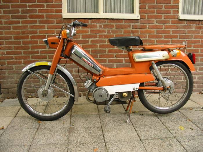 1971 Mobylette - Moped Photo Gallery