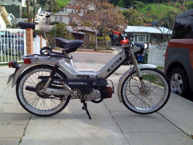 1977 Puch Maxi Luxe   Photo — Moped Army