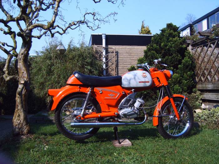 1966 zndapp c50 sport moped photos moped army. Black Bedroom Furniture Sets. Home Design Ideas