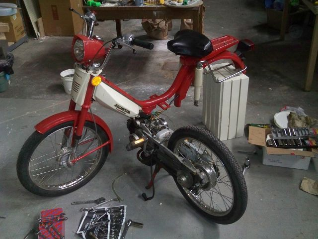 Hobbit_disassembly honda pa carburetor fuel moped wiki 1978 honda hobbit wiring diagram at nearapp.co
