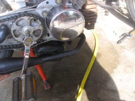 Pit Bike Pipe on Hobbit 03.jpg