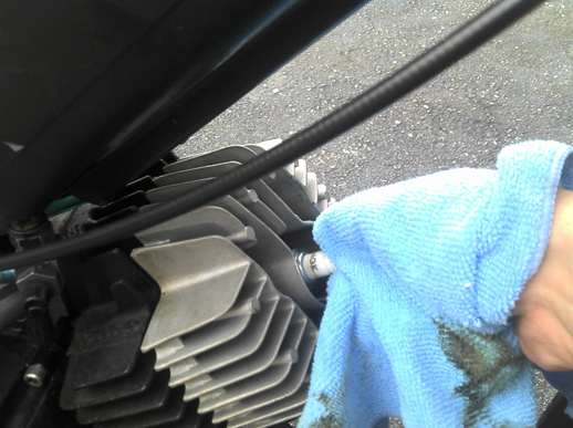 How to Remove Carbon from your Engine with Seafoam - Moped Wiki